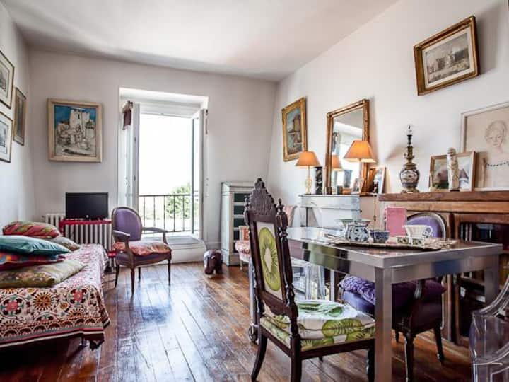 1 bedroom and 1 lounge, Paris center 10 min.