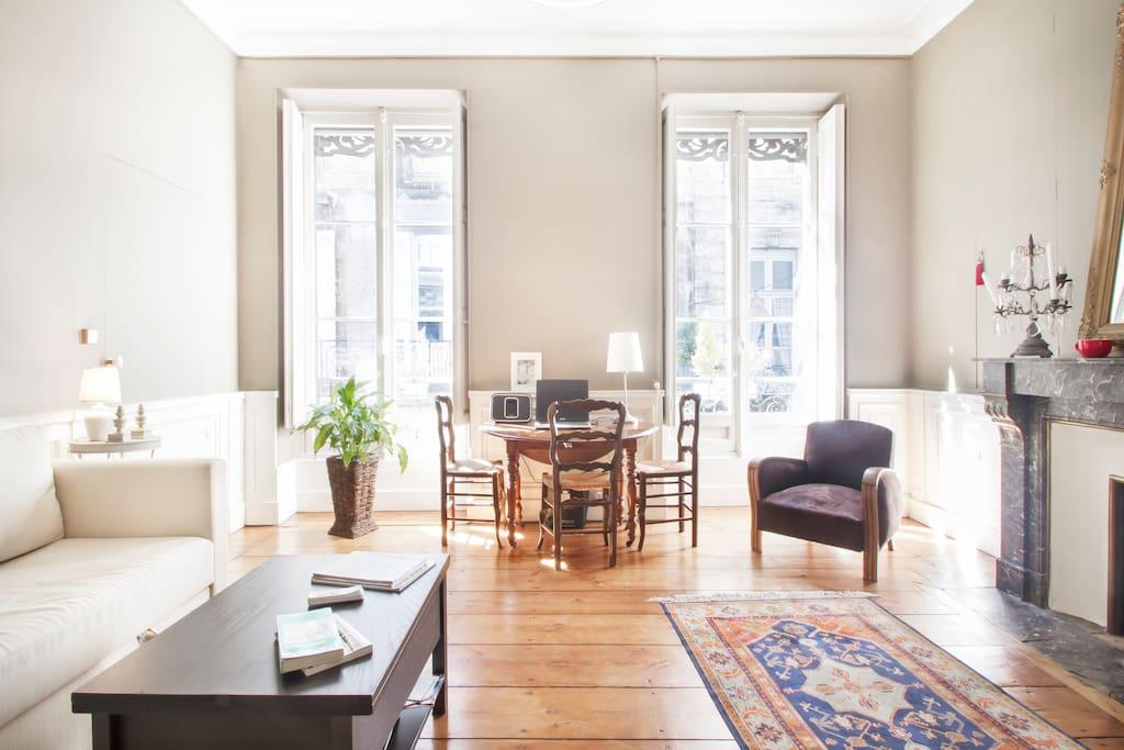 Au c ur du quartier historique appartements louer for Appartement 20m2 bordeaux louer