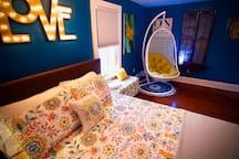 """""""Inn the Doghouse"""" Beach House room"""