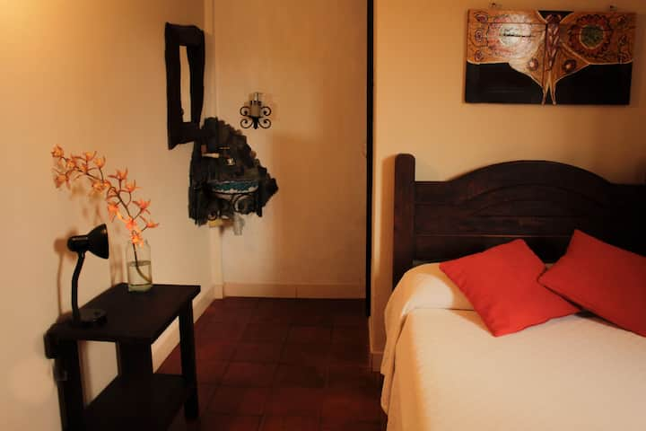 ALL INCLUSIVE: guatape, monthly accommodation 2