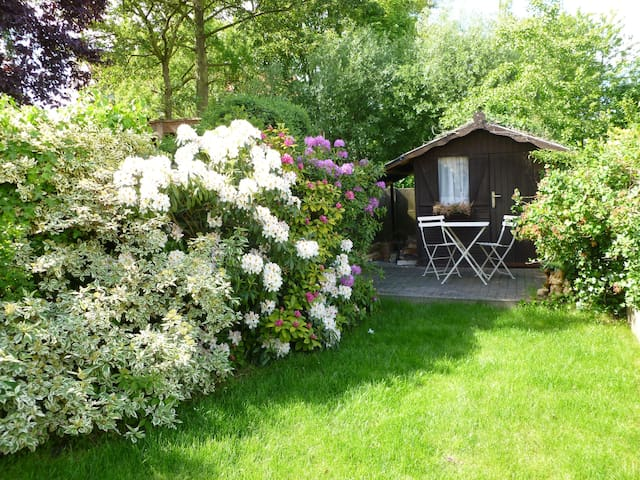 3' to centre, 3 rooms, 2 bathrooms - Bruges - House