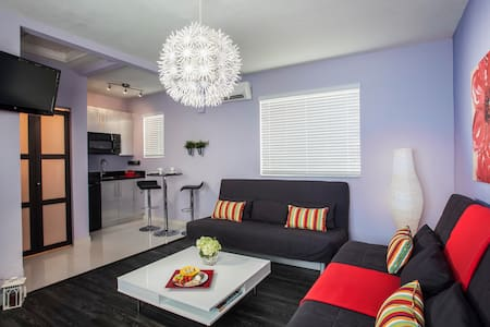 Miami Beach 1BR Modern Villa - マイアミビーチ