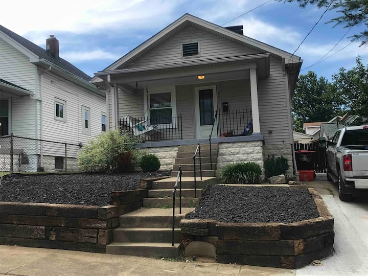 Charming home in middle of Germantown
