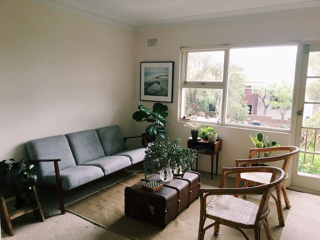 Ocean view retro apartment - Clovelly - Appartement