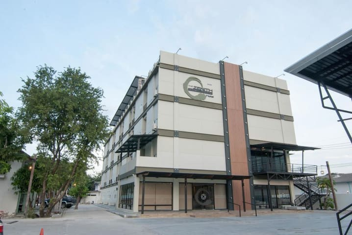 Zenith Residence Hotel - Nakhon Ratchasima - Hotel butik