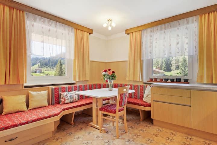 Ruhiges Ferienhaus in Auffach mit Terrasse