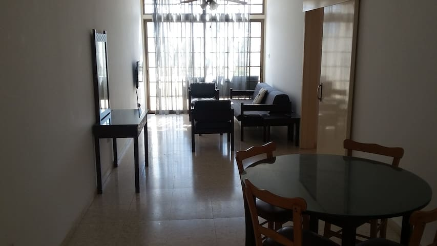 2 bedroom seaview flat 50 meters to the  beach. - Pyla - Huoneisto