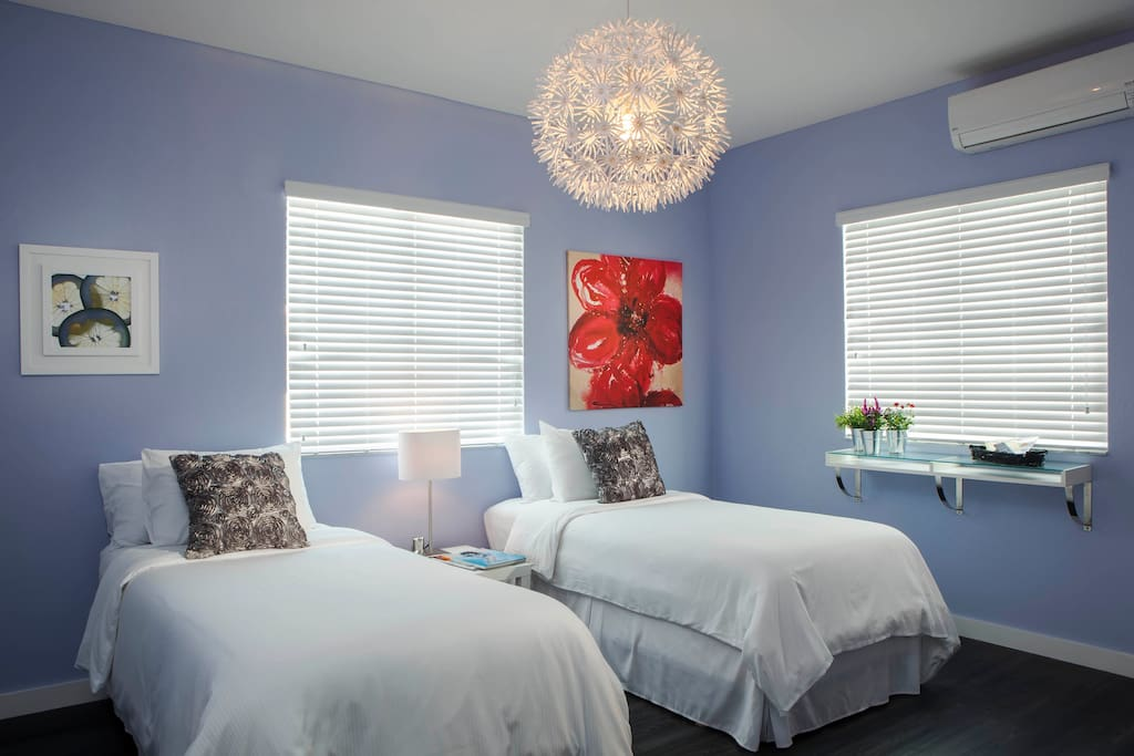 Our Cozy Studio comes with a King Bed or a Twin Bed perfect for your Miami Beach getaway