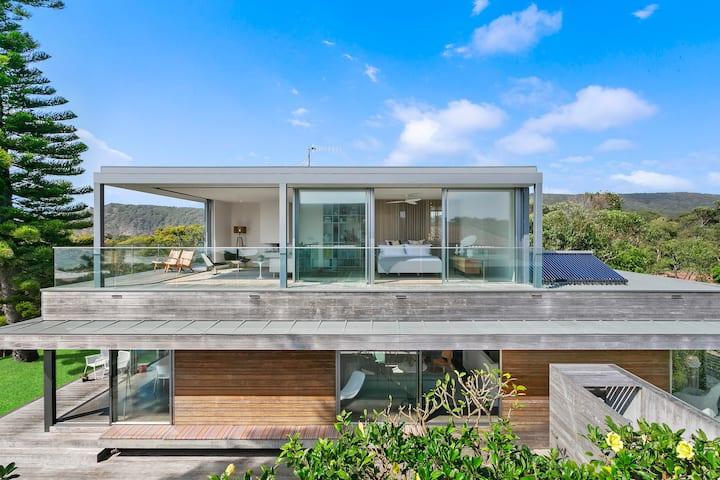 88SOUTH Boomerang Beach- Architectural Beach House