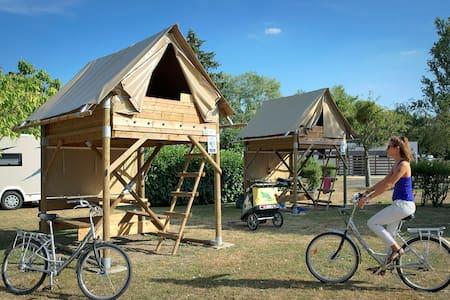 Tente Bivouac 2 places #Loireàvélo #Chateaux