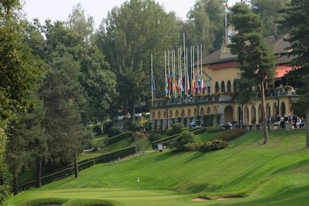The Lodge ,Golf Hotel, Stay & Play - Montorfano