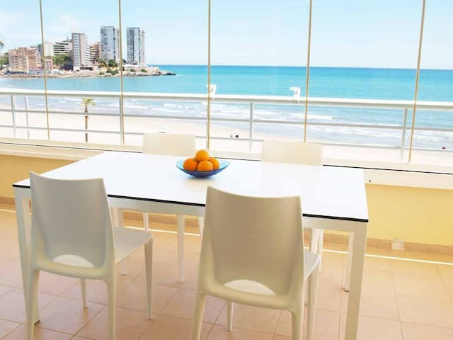 ApartUP Spectacular Beachfront.Pool - Orpesa del Mar
