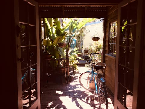 Ayurvedic Cottage  in South Fremantle