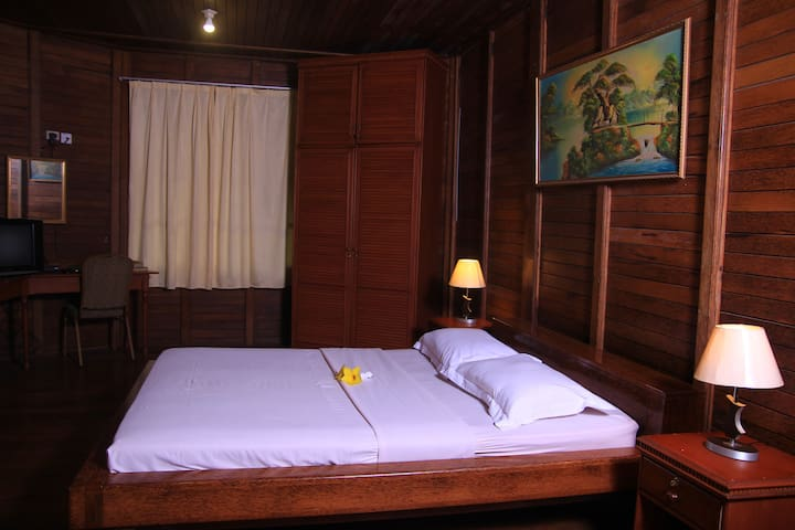 Comfy deluxe cottage in North Sulawesi