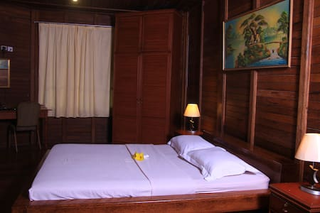 Comfy deluxe cottage in North Sulawesi - North Tomohon - 別荘