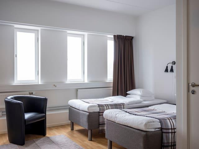 Studio apartment-kitchen-bath-TV-wifi-gym (401)