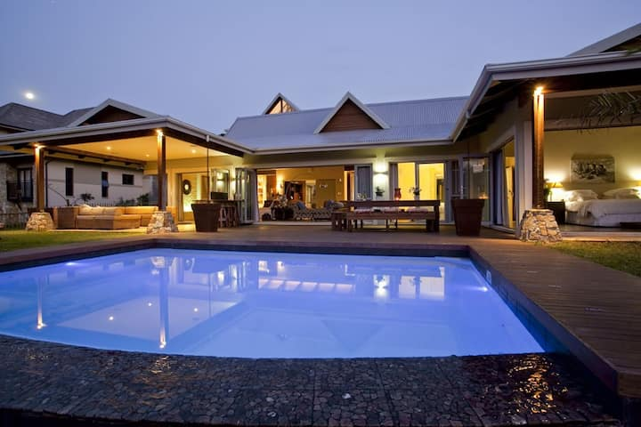 Dream Home on Simbithi Golf Estate & Granny flat