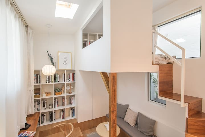 【Z HOUSE】Skylight Loft in City Center