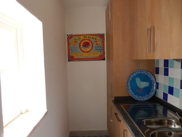 Kitchen, Fridge, freezer, dishwasher