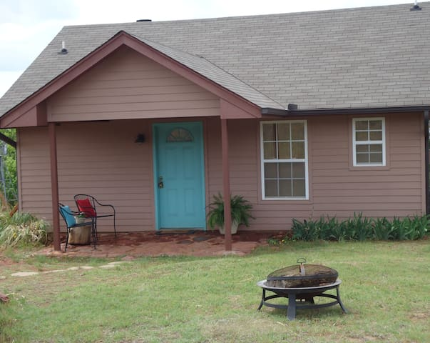 Secluded Santuary in Central OK - Foster