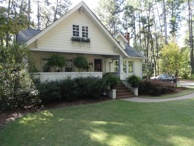Catalog Cottage - Southern Pines