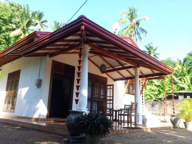 Oriental Villa - Mirissa - Rumah