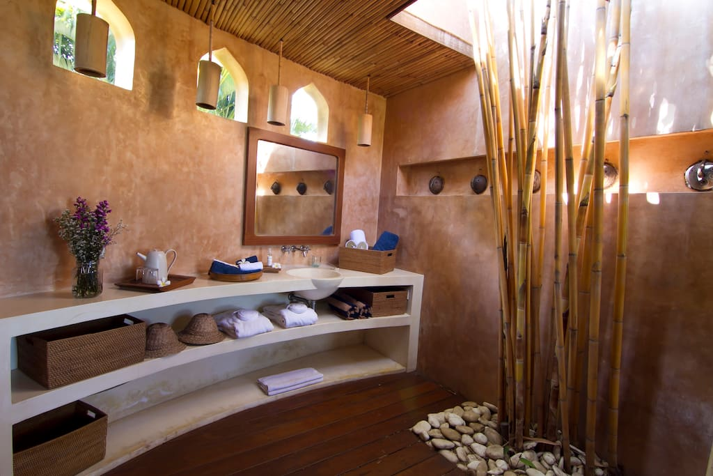 Bathroom-Villa Ba Jabula