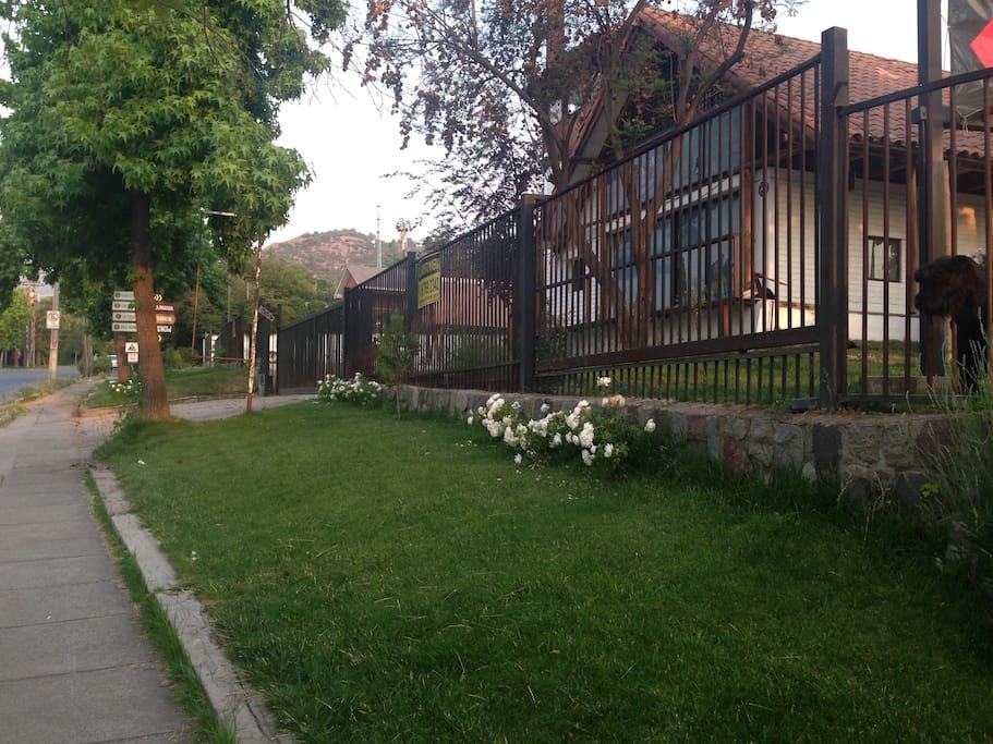 Jardines Augusto Mira Fernandez # 14248 Las Condes Santiago