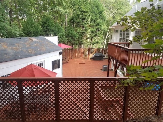 Private two level deck