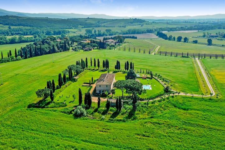 Villa Maremmana