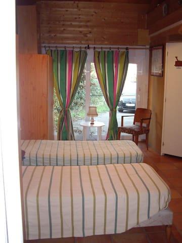 Chambre 4 comprenant une mezzanine avec 2 autres couchages