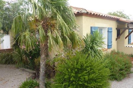 Belle villa avec jardin 6 personne - Ponteilla