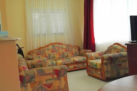Nassia apartment - 120m from the beach - Anatoliki Attiki - Huoneisto