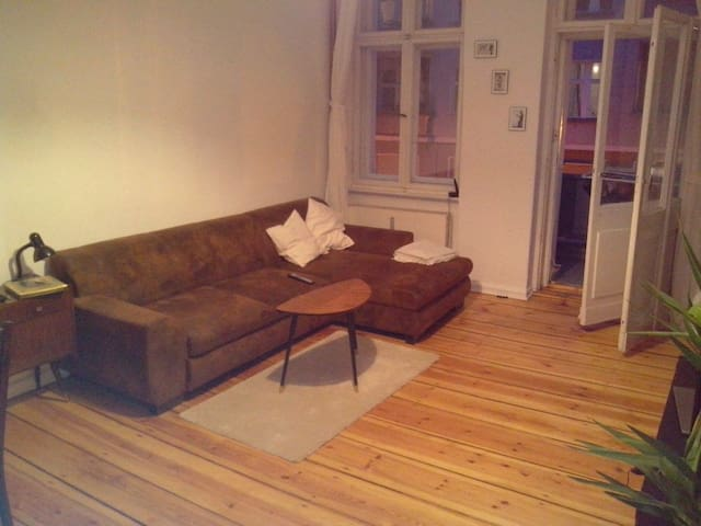 Central cosy flat with two rooms - Berlijn - Appartement