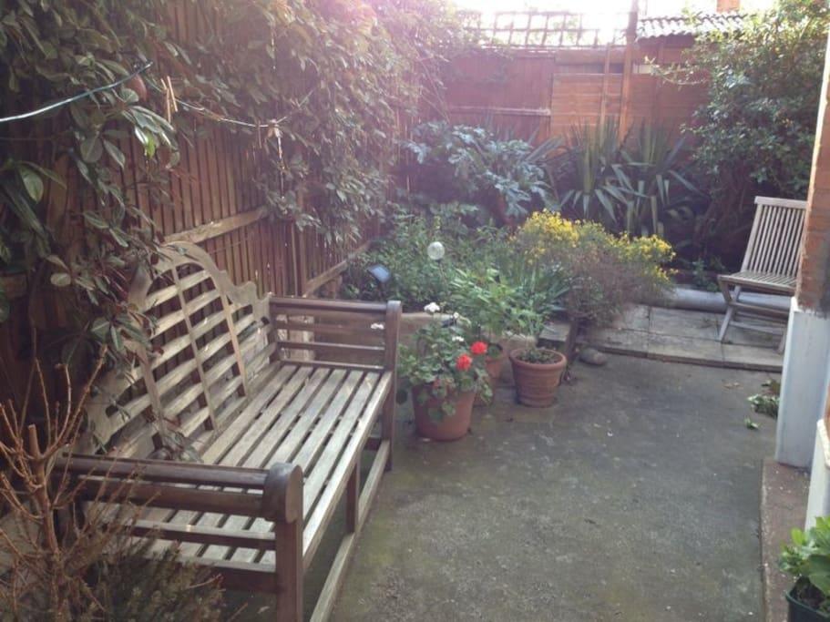 Pretty garden to enjoy