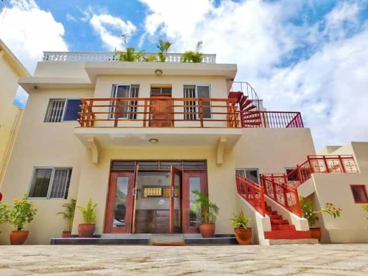 Executive villas diani