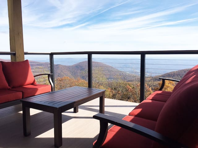 Blue Ridge Retreat - Wintergreen Resort - Byt