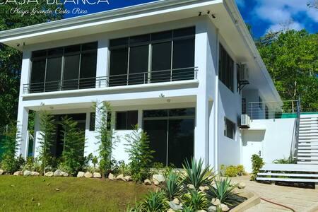 Brand New Private Room in Playa Grande