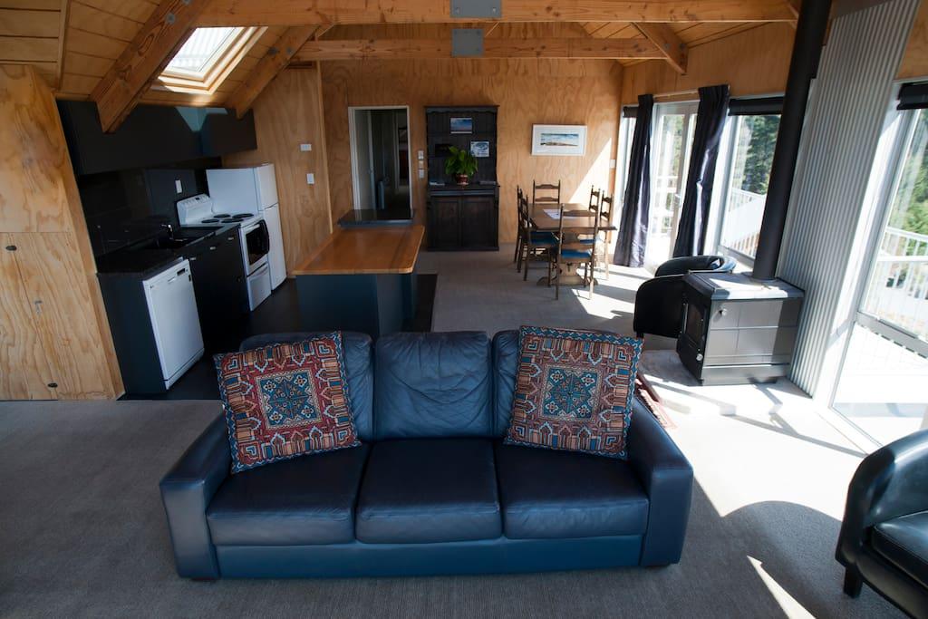 Spacious lounge , dining & kitchen