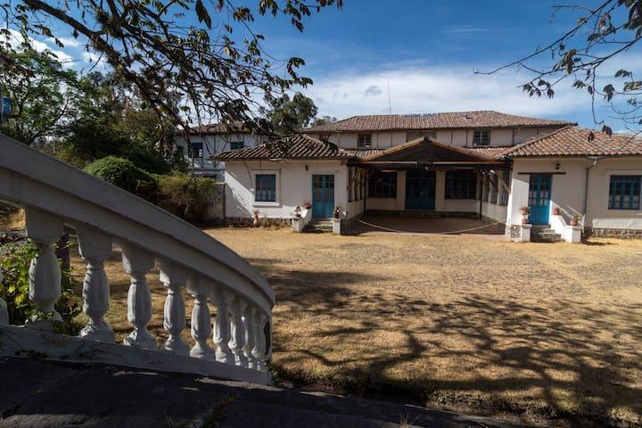 Departamento en casa hacienda a 1 hora de Quito