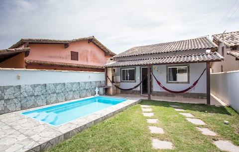 Casa com piscina/churrasqueira em unamar Cabo Frio
