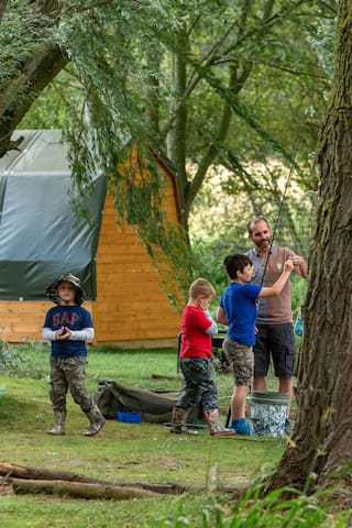 Glamping pod + optional camping, fishing - Suffolk