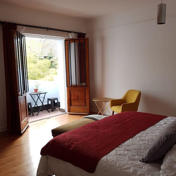 Habitación doble con baño (cama king)
