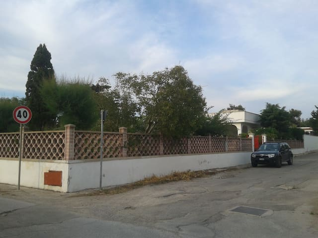 Esclusiva e grandissima Villa vicinissima al mare - Scala di Furno - Villa