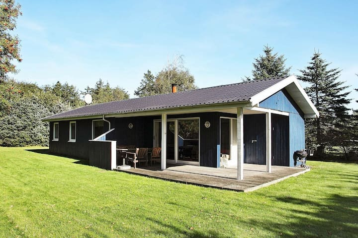 Bella casa vacanze a Blokhus vicino al mare