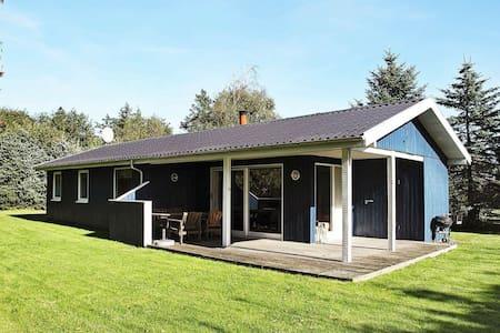 Belle maison de vacances à Blokhus près de la mer