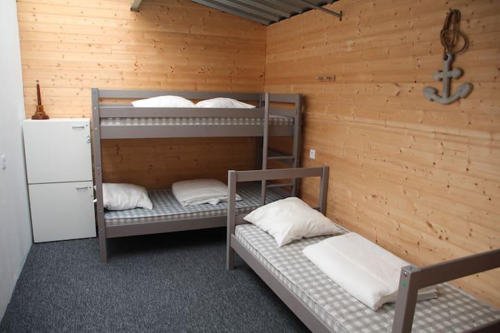 Bed & Café Ch N°5, 1 lit en dortoir