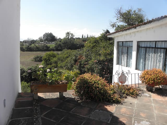 Terraza compartida con los huéspedes y acceso al Cuarto Azul..
