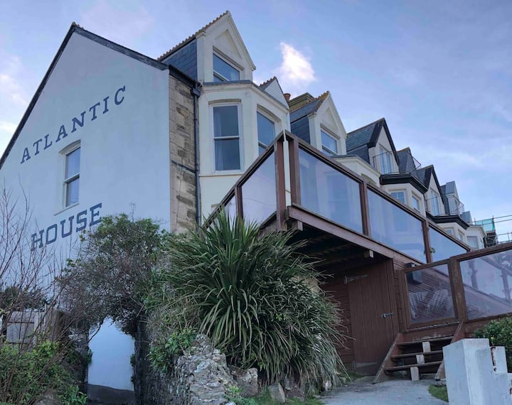 Atlantic House - spectacular for cosy winter break