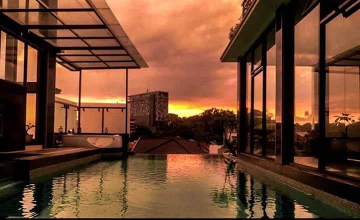 Riz Setiabudi terrace with Pool N Jacuzzy